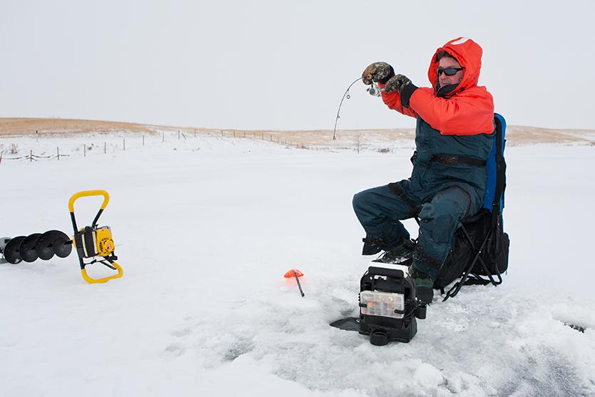 basics of ice fishing 17