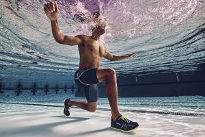 Aquatic Fitness: Split Squat Jump Alternating