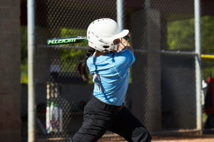 Softball 101: How to Teach Your Child to Swing a Softball Bat