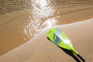 buying a sup paddle