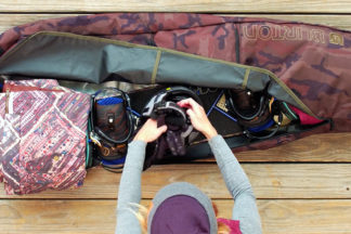 How to Pack Snowboard Bag