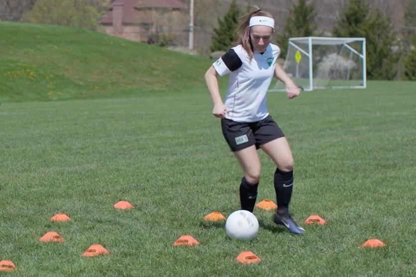 Dribbling-maze-soccer-drill
