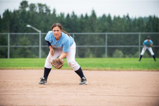 softball infielder pre-pitch